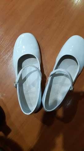 Zapatos de Charol T35