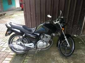 moto suzuki en125 año 2012