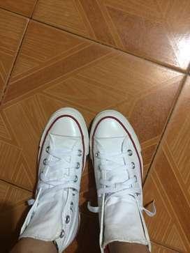 Converse blancos en bota