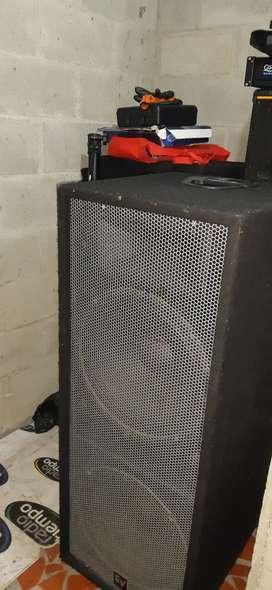 Cabinas Dobles Pasivas  Electro Voice