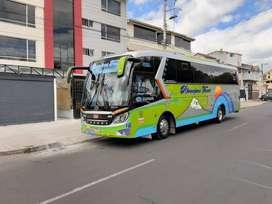 Vendo bus Hino AK 2019 carroceria Cepeda modalidad turismo,