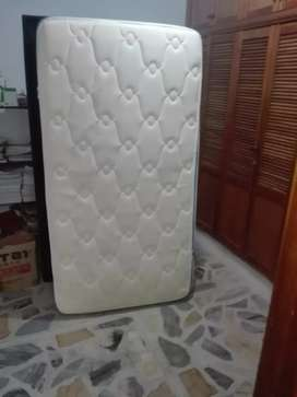 Se vende somier con colchón