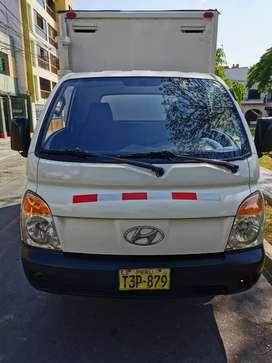 Hyundai H100 (2008) Kia 2700 (2011)