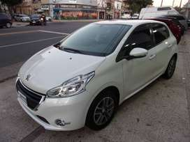 Peugeot 208 Allure Touchscreen 1.5 FULL
