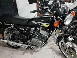 Yamaha rx 100 remelaa armada desde  ceroooo esta muyy boniitaa