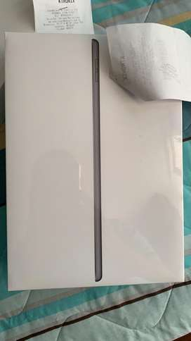 Vendo Ipad de 32GB de 8th generacion nuevo sellado con factura y garantia