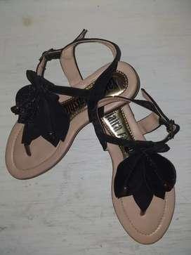 Sandalias negra