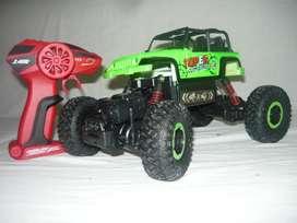 Vendo Carros a Control Remoto - Tipo Crawler 4x4