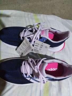 Zapatos deportivos Adidas origuinales