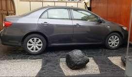 Vendo automóvil Toyota Corolla bien conservado y poco recorrido