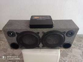 Amplificador y caja de sonido