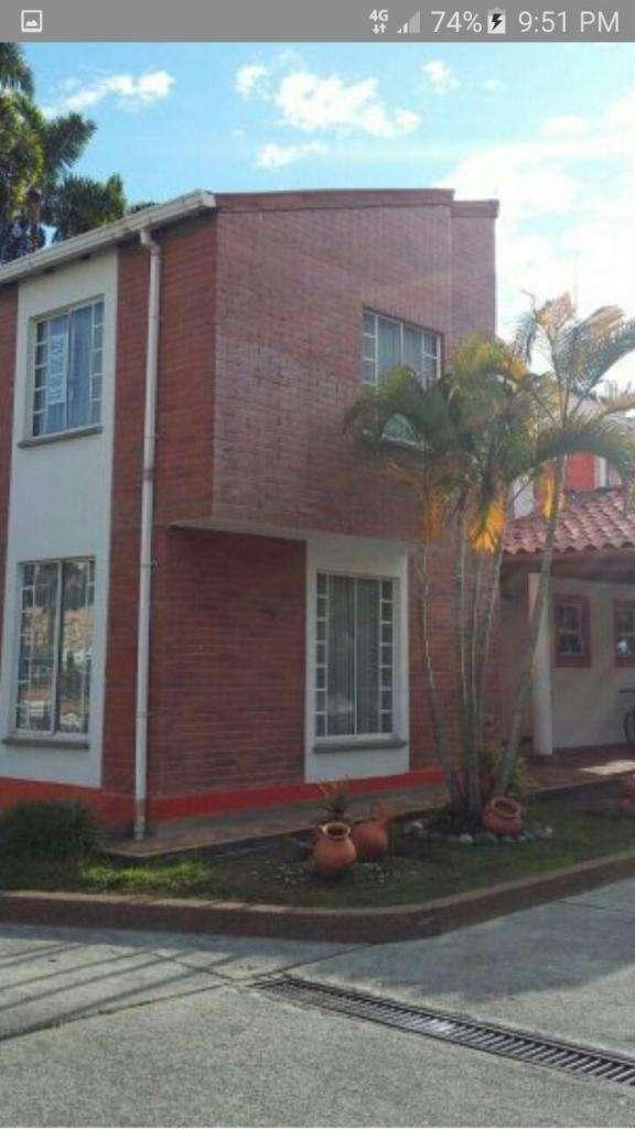 Casa en venta al norte de Armenia 1295 - wasi_518623 0