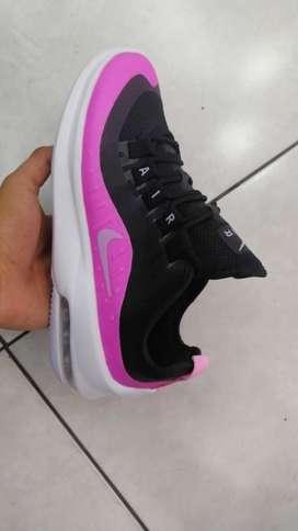Zapatos Nike Talla 38