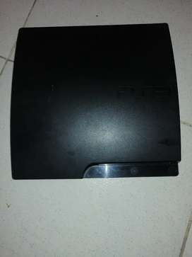 Vendo play 3 de 320 gigas.