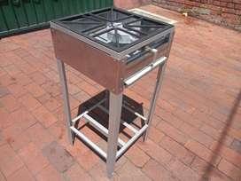 Estufa industrial de un puesto; ideal para espacios pequeños con la necesidad de una estufa industrial.