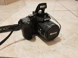 camara Nikon P500