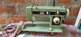 Maquina de coser costura recta y zig zag (SUPER SILKA)