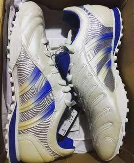 Botines Adidas Predator 2004 TF 10,5 Us