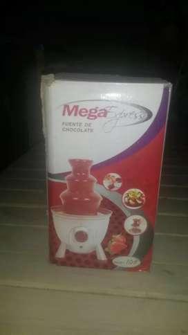 Fuente de chocolate cascada para fondeu 3pisos  SIN USO.