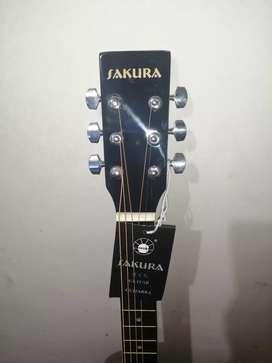 Guitarra electroacústica nueva sin uso marca Sakura