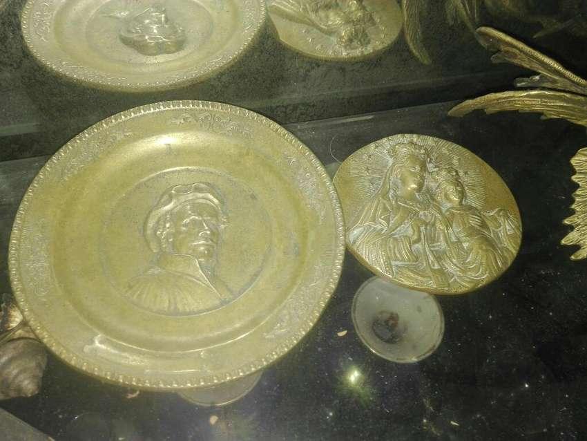 Platos Antiguos Decorativos Bronce