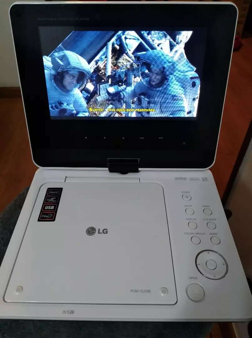 Reproductor DVD marca LG 0