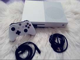 Xbox One S 500 GB (con 2 controles)