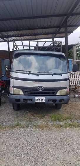Vendo Toyota Dyna