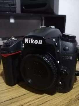 Vendo Nikon d7000