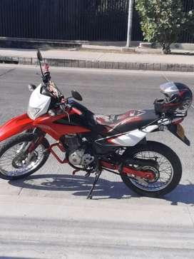 Honda xr 150 roja