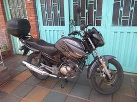 moto Ybr 125 modelo 2014 gris