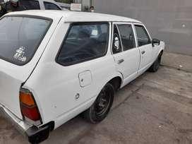 Vehiculo toyota Corona año 1981, gasolinero y GLP, buen estado , motor estandar, vehiculo conservado, uso solo personal