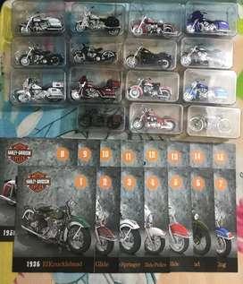Vendo o cambio dos colecciones de barcos y motos cada una a 350000