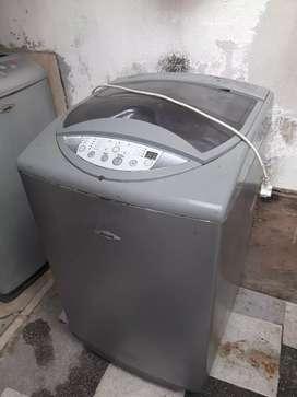 Vendo mueble de lavadora hacen perfecto estado