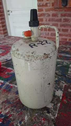 Garrafa Recargable de 2 Kgs. para refrigeración