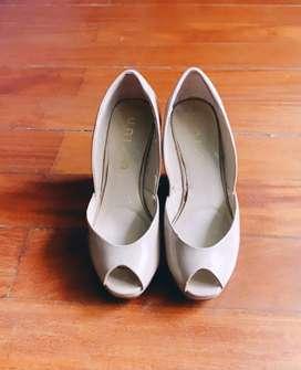 My Closet Sale: Zapatos de plataforma Nude T.38 pie ancho