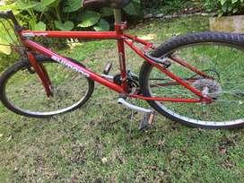 Bicicleta Shimano con cambios