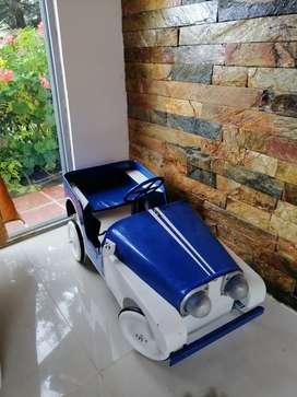 Carro de pedales antiguo marca pietro berto