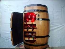 Barril porta vinos con luz ,vinoteca de barril