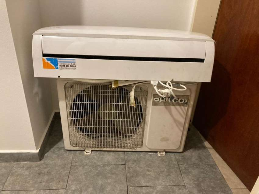Aire acondicionado Tipo split (frío/calor) / Marca Philco / 3 años de uso / impecable / $35000 0