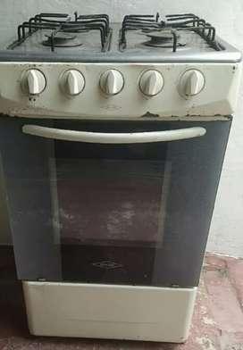 Estufa con horno Haceb usada
