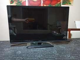 TV LED DE 32' PHILIPS EN PERFECTO ESTADO