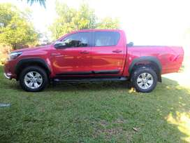 Toyota Hilux SRV. impecable, equipada, particular.