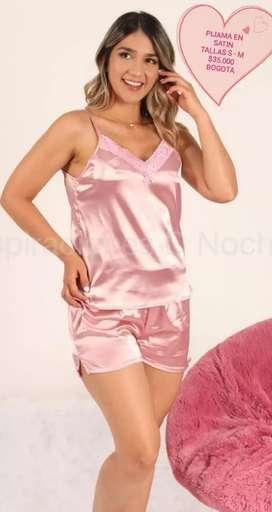 Pijama en satin