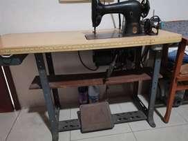 Maquina de coser singer antigua con motor