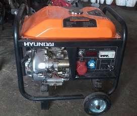 Venta de Generador Hyundai de 6500W, OPERATIVO Y EN BUEN ESTADO.