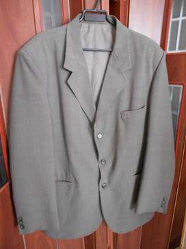Saco de Vestir Hombre Gris Leve Cuadrillè Talle XL -usado- En Pilar