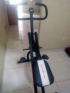 Máquina para ejercicios físicos