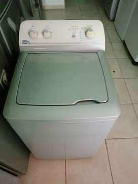 Lavadora 28 libras de perilla, con molino, precio fijo
