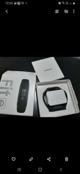 Reloj inteligente Samsung a estrenar